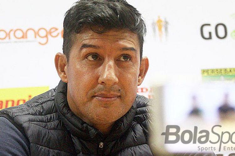 Pelatih asal Argentina, Angel Alfredo Vera.