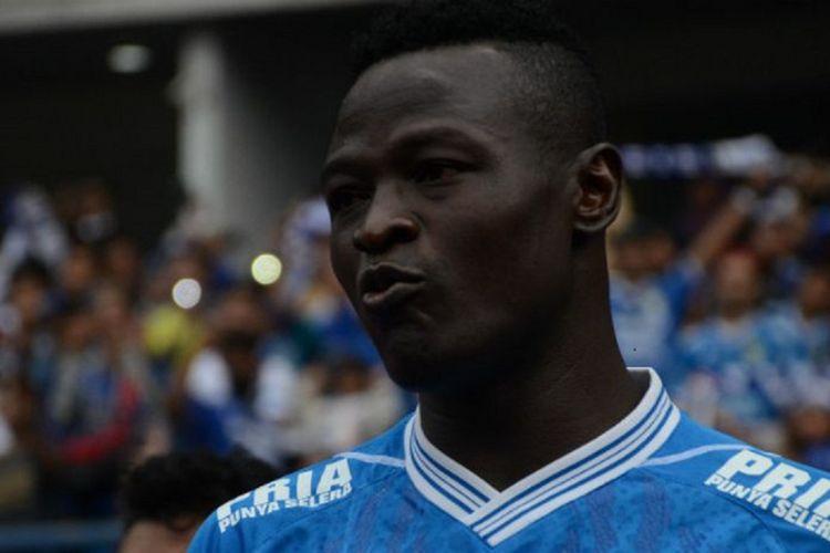 Striker Persib Bandung yang juga kapten Timnas Chad, Ezechiel NDouassel.