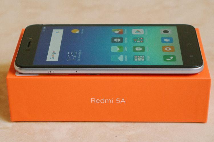 Xiaomi Redmi 5A dan kotak kemasannya. 0fdcb2e122