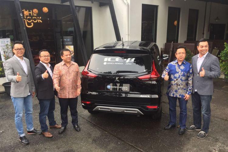 Global Auto International, Agen Pemegang Merek Konica Minolta, mengaku sebagai penyuplai kaca film OEM untuk Mitsubishi Motors Krama Yudha Sales Indonesia.