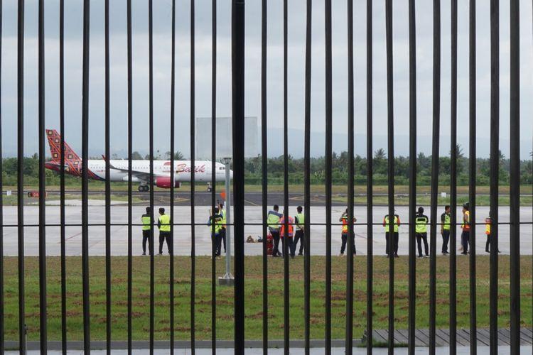 Batik Air saat tiba pertama kali di Bandara Banyuwangi Rabu (19/12/2018)