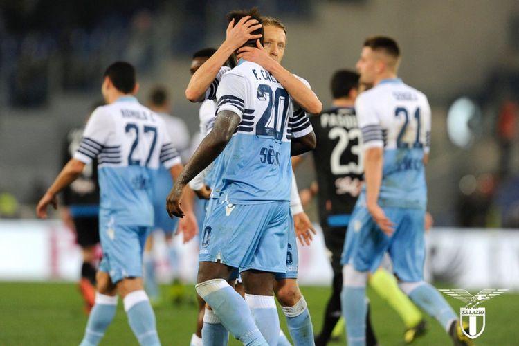 Para pemain Lazio merayakan gol Felipe Caicedo pada pertandingan versus Empoli di Stadion Olimpico pada lanjutan Serie A Liga Italia, 7 Februari 2019.