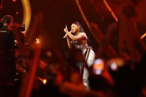 Kalahkan Abdul , Maria Simorangkir Juarai Indonesian Idol 2018