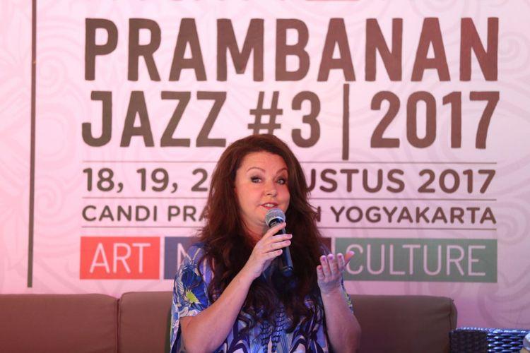 Sarah Brightman berbicara dalam konferensi pers Prambanan Jazz Festival 2017 di Hyatt Residence, Yogyakarta, Jumat (18/8/2018).
