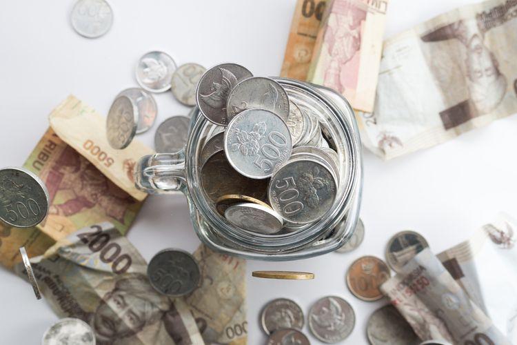 Ilustrasi uang receh dan uang koin rupiah