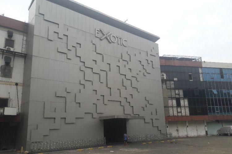 Tampak depan Diskotek Exotic di kawasan Mangga Besar, Jakarta Pusat, Minggu (15/4/2018).