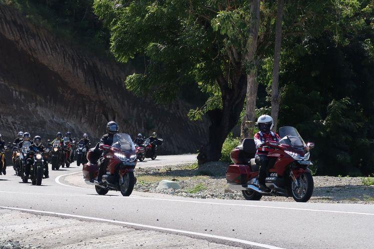 Dua pemilik Honda Gold Wing yang mengikuti turing Honda Big Bike Tour De Flores 2018 di Flores pada 4-11 Mei 2018.
