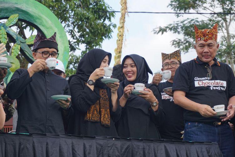 Bupati Banyuwangi saat membuka Festival Coklat Sabtu (12/5/2018)