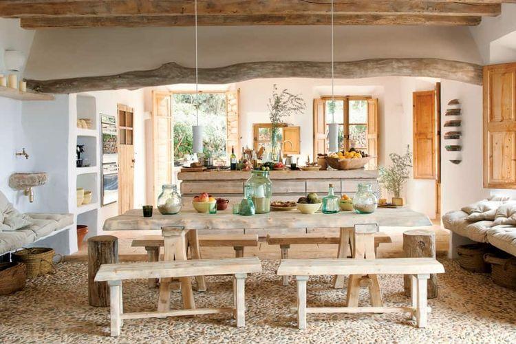 Furnitur dengan kesan kasar dan unfinished sebagai ciri khas desain gaya rustic.