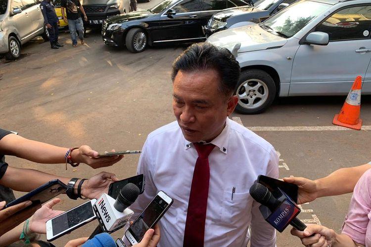 Advokat Yusril Ihza MahendradiPolda Metro Jaya, Jakarta Selatan, Rabu (10/7/2019).