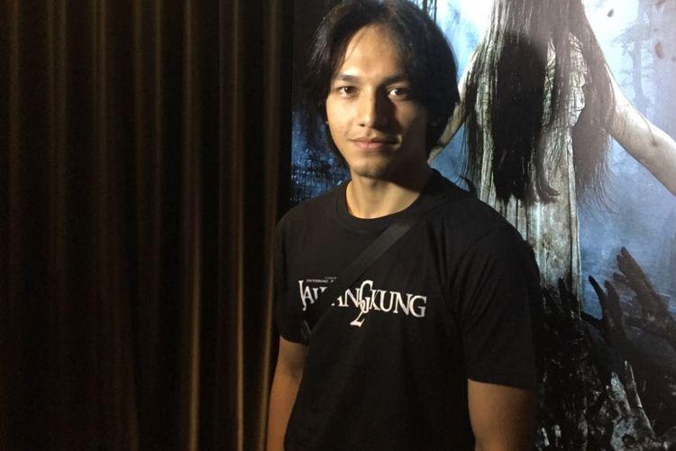 Jefri Nichol dalam acara peluncuran poster dan teaer film Jailangkung 2 di Kinosaurus, Kemang Raya, Jakarta Selatan, Kamis (19/4/2018).