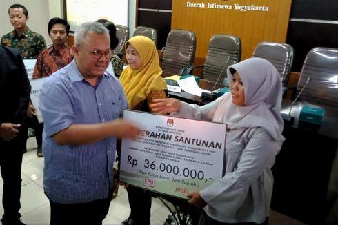 KPU RI Serahkan Santunan kepada 7 Ahli Waris Penyelenggara Pemilu di DIY