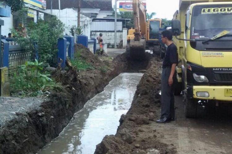 Menteri PUPR, Basuki Hadimuljono mengatakan, pihaknya telah menyiapkan program khusus yaitu pembangunan drainase secara nasional.