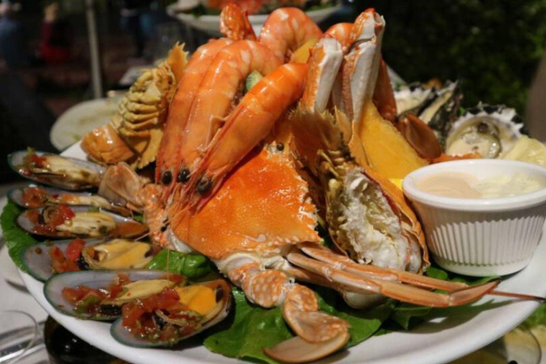 travel - seafood, hidangan laut, makanan khas australia, kuliner australia, seafood platter