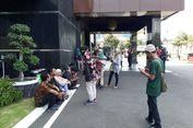 Diam-diam, Khofifah Diperiksa Penyidik KPK di Mapolda Jatim