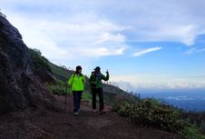 Indonesia Kini Punya 1.005 Pemandu Gunung Bersertifikasi Resmi