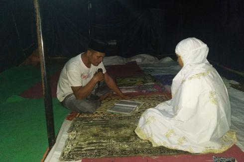 Suasana Mushala Darurat Lombok Timur, Jemaah Susut hingga Hanya Ada 1 Al Quran untuk Tadarus