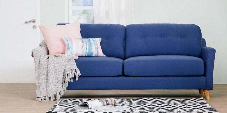 Model sofa Lawson sangat pas digunakan pada rung tamu yang juga merangkap sebagai ruang keluarga.