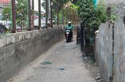 Pembatas Jalan di Rawajati Dibongkar untuk Pelebaran