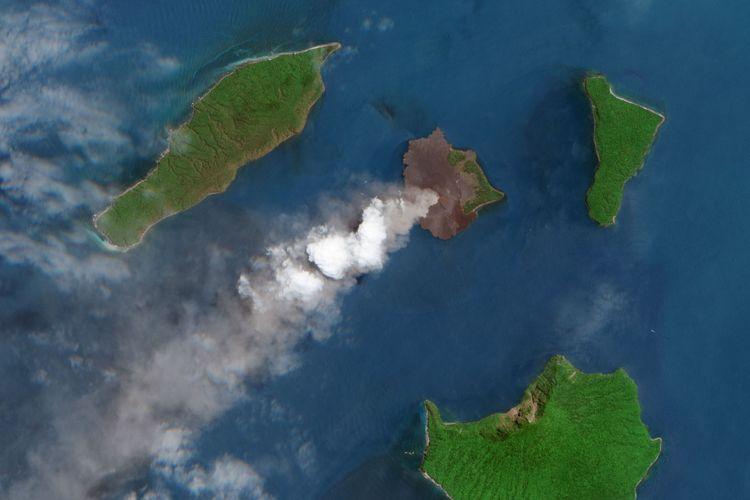 Letusan Gunung Anak Krakatau pada Sepetember 2018 diabadikan satelit NASA