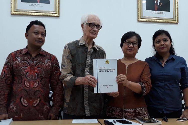 Komnas HAM melaporkan hasil tim pemantauan terkait kasus penyerangan Novell Baswedan di Kantor Komnas HAM, Jakarta, Jumat (21/12/2018).