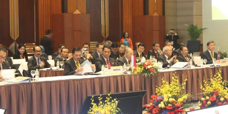 Menteri Pertanian Amran Sulaiman menghadiri pertemuan Menteri Pertanian, Perikanan, dan Kehutanan ASEAN (AMAF) Ke-40 di Hanoi, Vietnam, pada Kamis (11/10/2018).