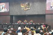 Di Tengah Sidang, Hakim MK Curhat Terserang Flu