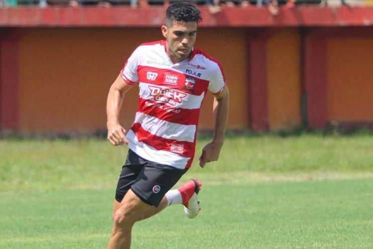 Bek Madura United, Fabiano Beltrame.