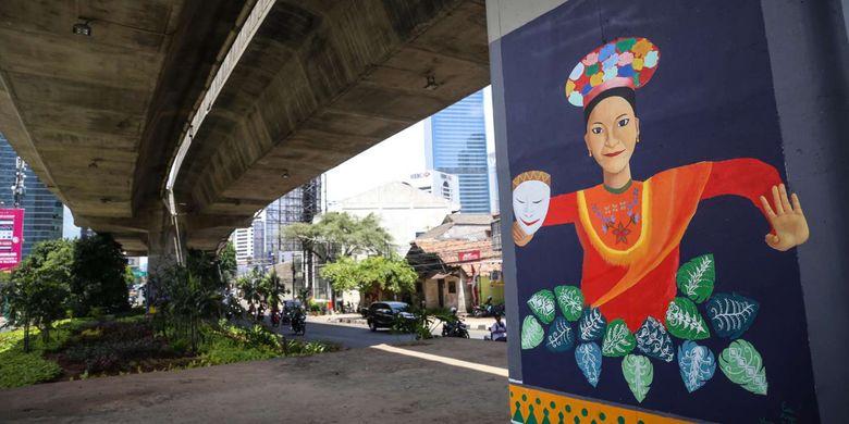 Hasil pengecatan tiang beton di jalan raya non-tol (JLNT), Casablanca, Jakarta Selatan, Senin (4/12/2017). Proyek kerja sama pengecatan di JLNT Casablanca untuk menyambut Asian Games 2018 dan telah melibatkan siswa sekolah menengah kejuruan (SMK) mendapat jatah satu tiang beton untuk dicat.