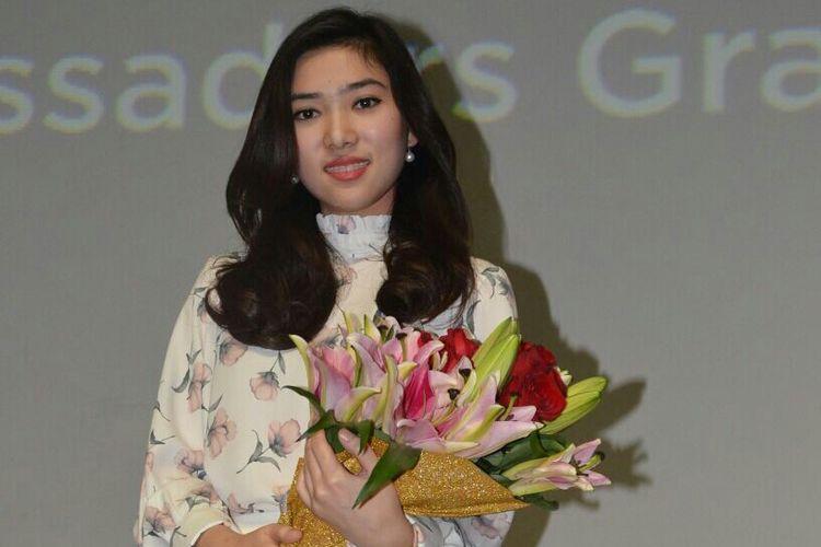 Isyana Sarasvati saat ditemui dalam acara peluncuran Brand Ambassador Oriflame di Lotte Shopping Avenue, Kuningan, Jakarta Selatan, Kamis (1/2/2018).