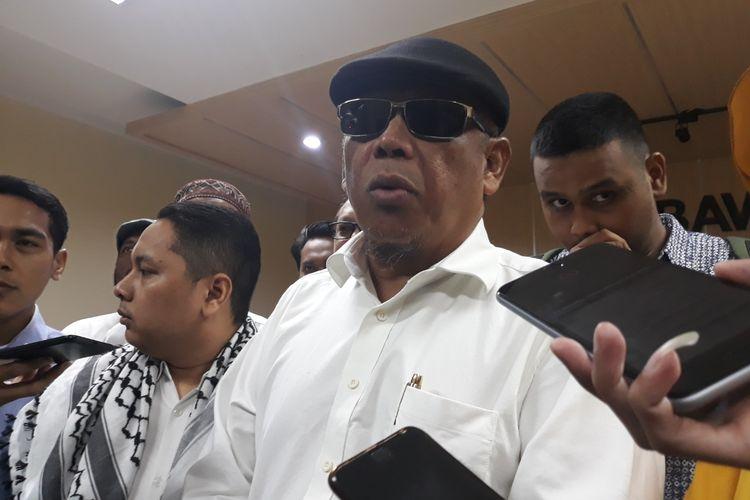 Eggi Sudjana Laporkan Sejumlah Pihak yang Diduga Berkaitan dengan Surat Suara Tercoblos di Malaysia ke kantor Bawaslu, Jakarta Pusat, Jumat (12/4/2019)