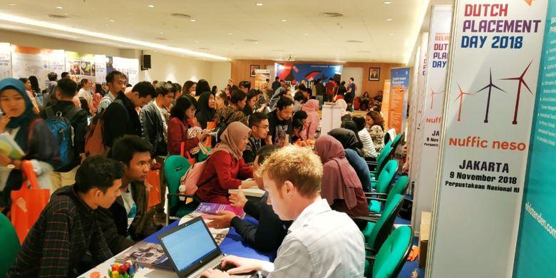 Nuffic Neso Indonesia menggelar acara Dutch Placement Day (DPD),  Jumat, 9 November, di Gedung Perpustakaan Nasional, Jakarta, menggandeng 27 universitas riset dan ilmu terapan Belanda.