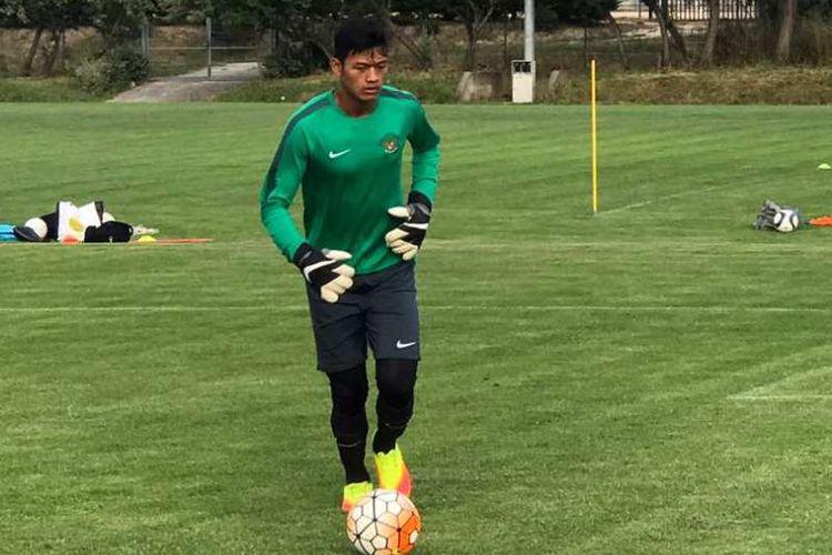 Kiper tim nasional U-19 Indonesia, Muhammad Riyandi.