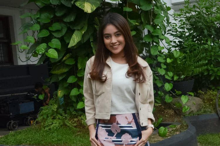 Artis peran yang juga penyanyi, Nabilah Ayu saat ditemui di sela shooting film Mata Batin 2 di Museum Mandiri, Kota Tua, Jakarta Barat, Rabu (5/8/2018).
