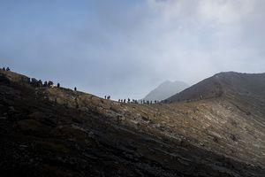 Liburan ke Gunung Ijen, Coba Mampir ke Pos Pengamatan