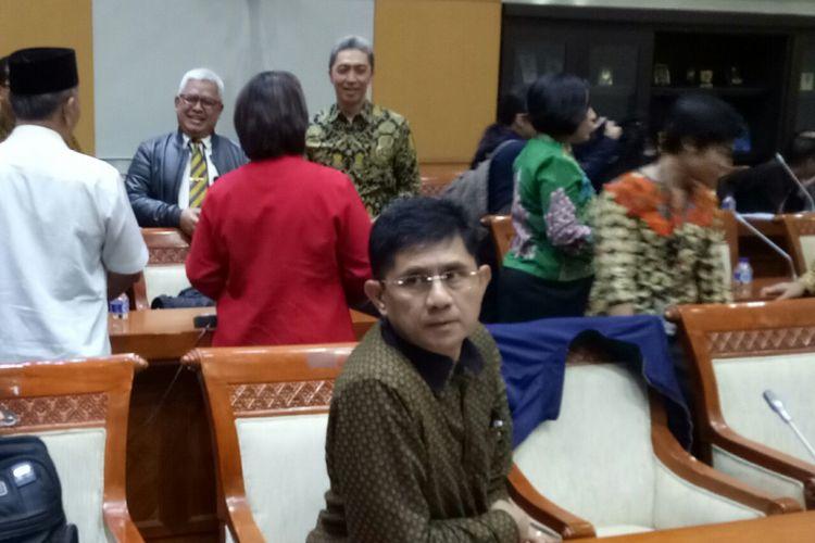 Wakil Ketua KPK Laode M. Syarief di Kompleks Parlemen, Senayan, Jakarta (12/9/2017)