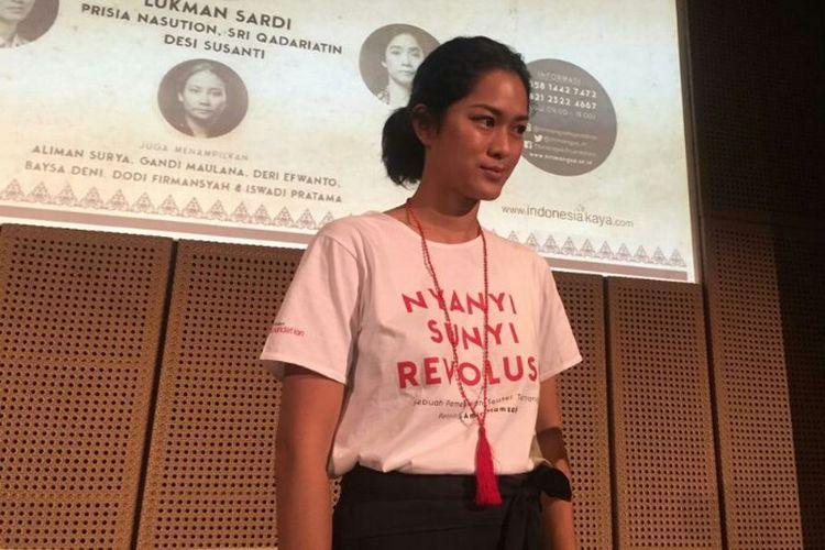 Artis peran Prisia Nasution saat ditemui dalam jumpa pers pementasan teater bertajuk Nyanyi Sunyi Revolusi di Galeri Indonesia Kaya, Grand Indonesia, Jakarta Pusat, Sabtu (12/1/2019).