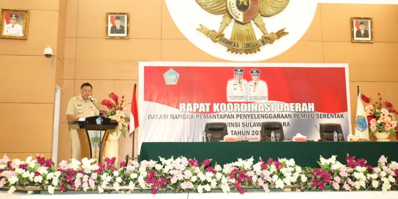 Gubernur Sulawesi Utara (Sulut), Olly Dondokambey saat memberikan sambutan pada Rapat Koordinasi Daerah (Rakorda) dalam rangka pemantapan penyelenggaraan Pemilu Serentak yang digelar di Auditorium Mapalus, Senin (25/2/2019).