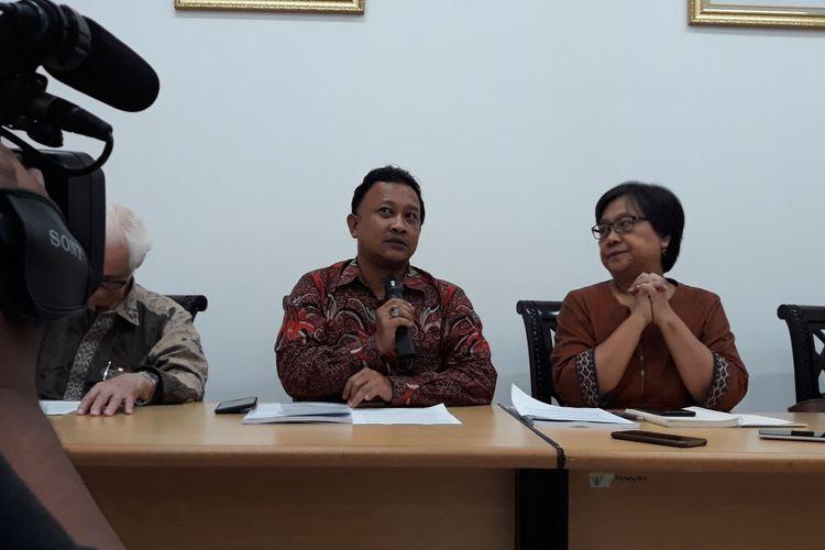 Komisioner Komnas HAM Choirul Anam di Kantor Komnas HAM, Jakarta, Jumat (21/12/2018).