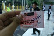 'Mau Naik Kereta Mesti Antre Tiket Kertas, Ini Sih Balik ke Zaman Dulu'