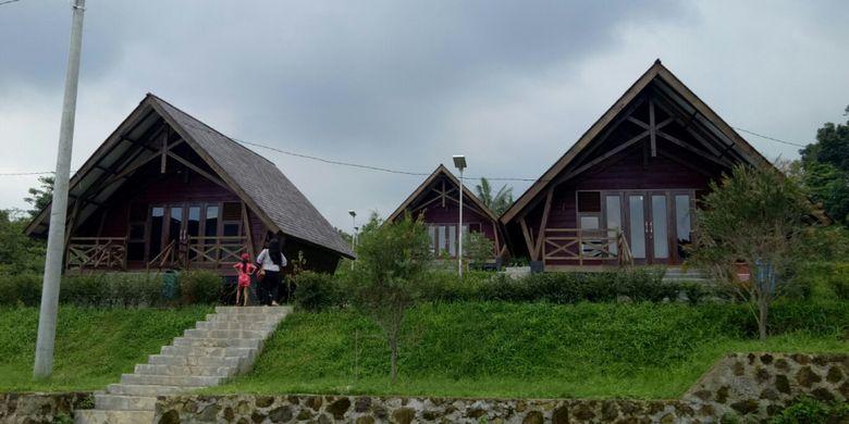 Kebun Raya Kuningan di Kabupaten Kuningan, Jawa Barat seluas 156 hektar.