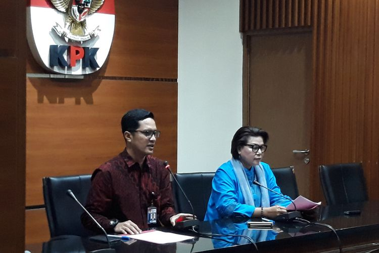 KPK Tetapkan Bupati Bengkulu Selatan, Istri, dan Keponakannya sebagai Tersangka
