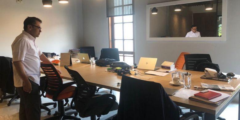 Ruang kerja Tim Gubernur untuk Percepatan Pembangunan (TGUPP) yang menyatu dengan ruang kerja Anies-Sandiaga, Jumat (16/3/2018).