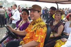Tommy dan Titiek Soeharto Ikut Pawai Deklarasi Kampanye Damai