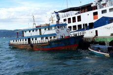 Cuaca Buruk dan Gelombang Tinggi, Kapal Tradisional di Ambon Dilarang Berlayar