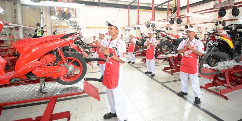 Bengkel resmi Astra Honda Motor (AHM), Astra Honda Authorized Service Station (AHASS).