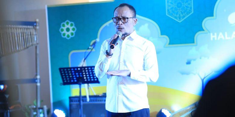 Menteri Ketenagakerjaan M Hanif Dhakiri memberikan sambutan di acara Halalbihalal BPJSKetenagakerjaan, Jakarta, Rabu (26/6/2019).