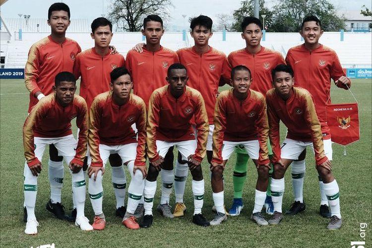 Skuad Timnas U-15 Indonesia pada pertandingan melawan Tim U-15 Singapura dalam Piala AFF U-15 2019, 29 Juli 2019.