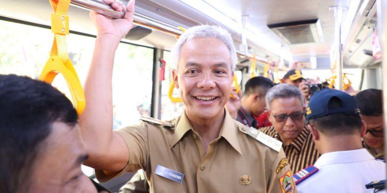 Gubernur Jawa Tengah Ganjar Pranowo pada peluncuran BRT Trans Jateng Purwokerto-Purbalingga.