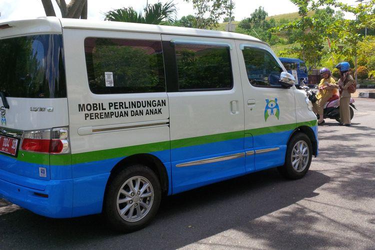 Mobil operasional  Dinas Pemberdayaan Perempuan Perlindungan Anak Pengendalian Penduduk dan Keluarga Berencana Kabupaten Nunukan Kalimantan Utara yang berhasil membongkar kasus kekerasan seksual terhadap anak yang dilakukan oleh paman korban 7 tahun lalu.
